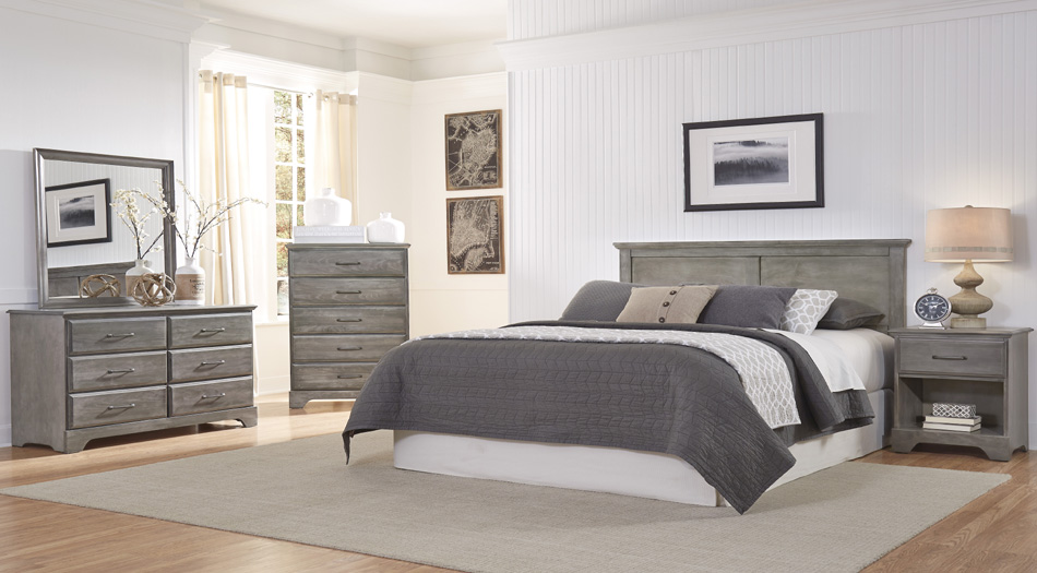 5300 Series Queen Panel Bed and Double Dresser